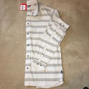 NWT Men's North Face Grey Long Sleeve Button Down